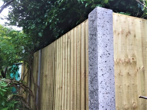 Closeboard panels and corner post